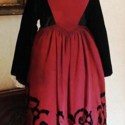 Costume Auray ou Baud avec tablier Richelieu