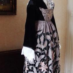Costume de Baud années 40 - vue de profil