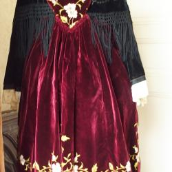 Costume région de Muzillac des années 40-50 - Vue de face