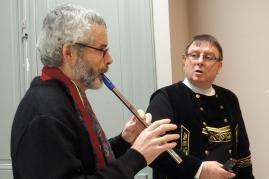 02022017 herve repete a la flute devant patrice