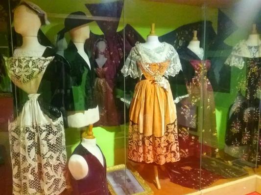 Costumes du pays d'Auray