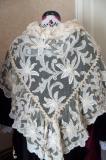 Chale breton de mariee en tulle blanc avec application