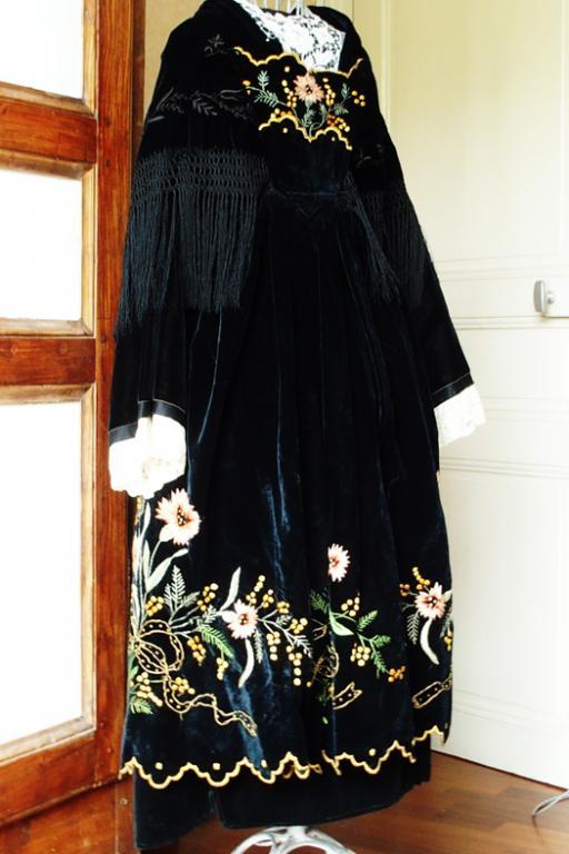 Costume de vannes vue de trois quart