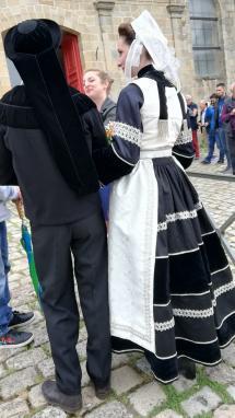 Couple en costumes du Crouesty et de Bubry