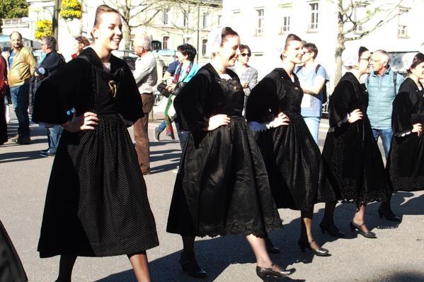 Danseuses de pontivy en noir