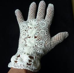 Gants blancs au crochet 2
