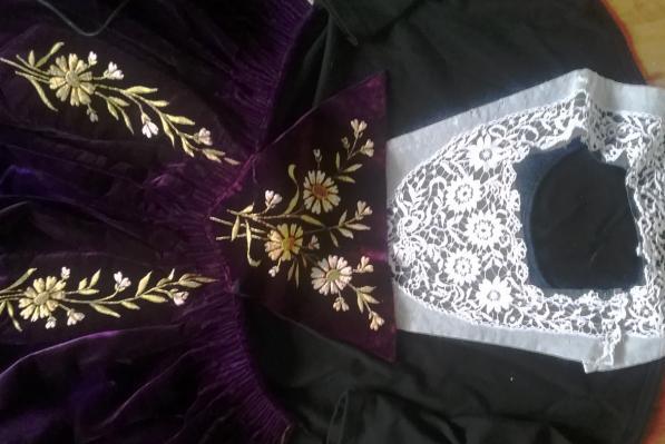 Haut du tablier et guimpe costume de vannes 1