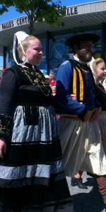Couple  de danseurs de la région  de Quimper