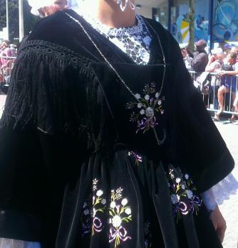 Vannes 1900 - mode à châle