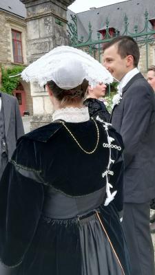 Costume de Lorient vue de dos